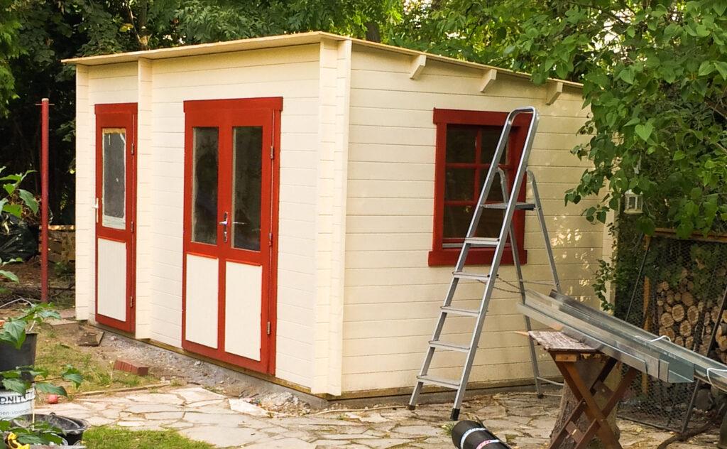 Dach fürs Gartenhaus selber bauen